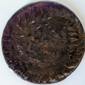 Assiette plate couleur bronze